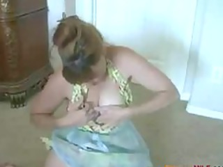 Mature housewife masturbates