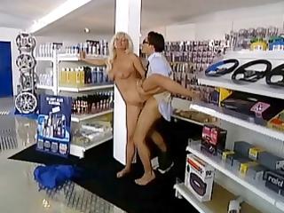 blonde milf fucks anal in car auto market troia