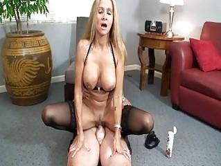 Kinky blonde milf in sluty lingerie rides hard