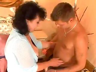 Komm zu Mom Junge-part two