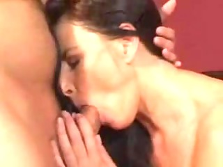 Hawt aged mommy drilled on family daybed - Rayra