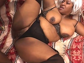 Jada fire ebony eyes