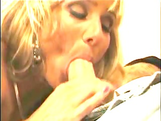Wife craves greater quantity strapon