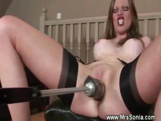Mature lady masturbates and uses dildo