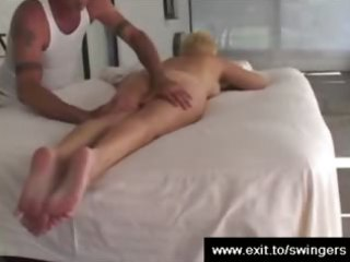 Mom Tracy gets massage with cunnilingus end