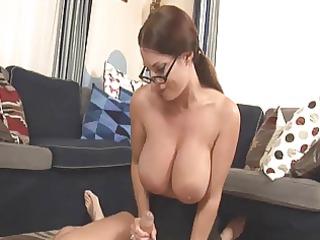 MIlf Goldie loves stroking cock