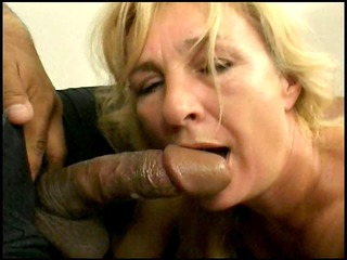 Mature fucks 2 cocks
