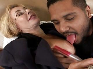 sexy amateur milf gets banged