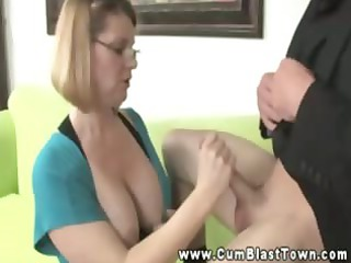 Amateur mature with glasses spunk hungry