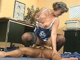 Mature lady boss fucks