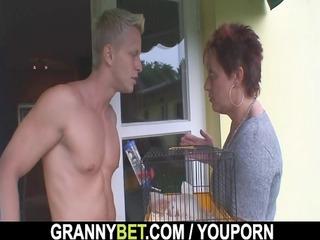 Hot guy screws neighbour granny