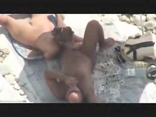 Mature Couple Caught Fucking on Beach by Voyeur