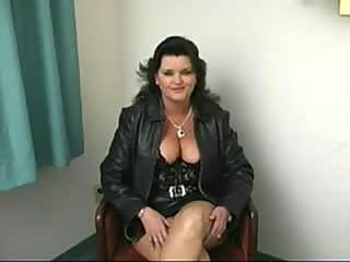 Fat mature woman blowjob