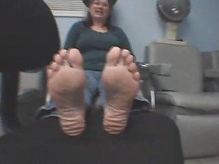 mature female feet