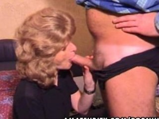 Mature amateur wife homemade blowjob with cum in