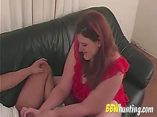 Mature BBW amateur handjob