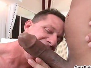 Mature muscle guy sucking black cock part5