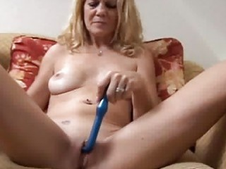 Milfs pierced pussy